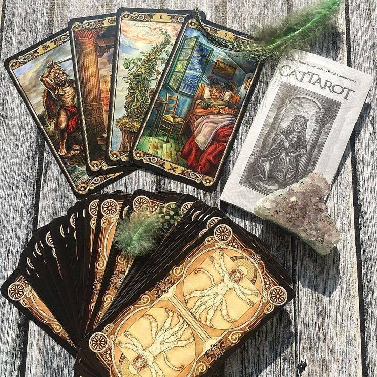 Какие карты таро лучше купить для начинающих с книгой