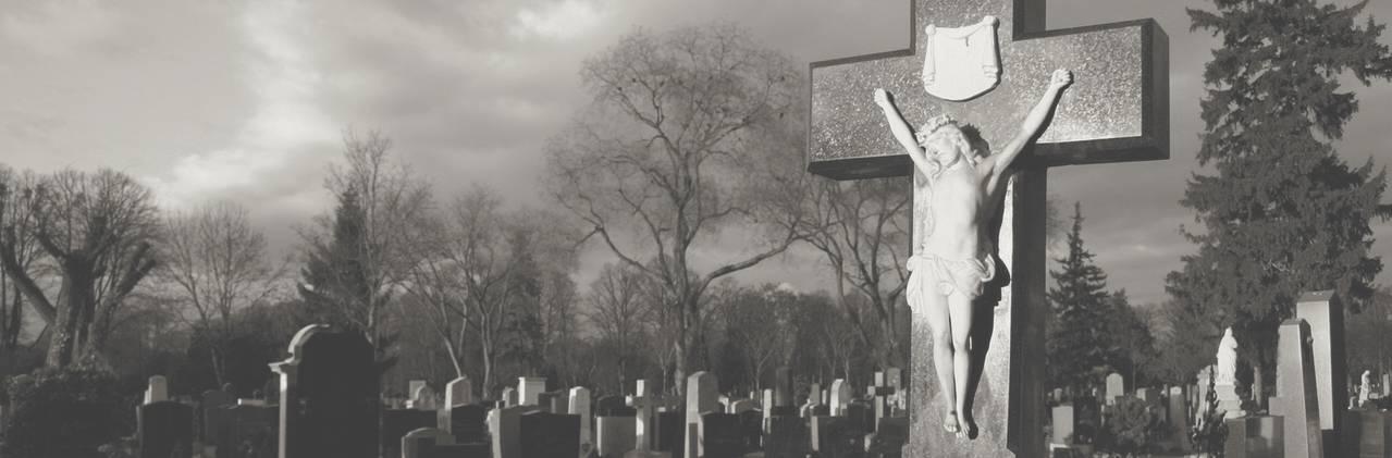 Приметы и суеверия, связанные с похоронами