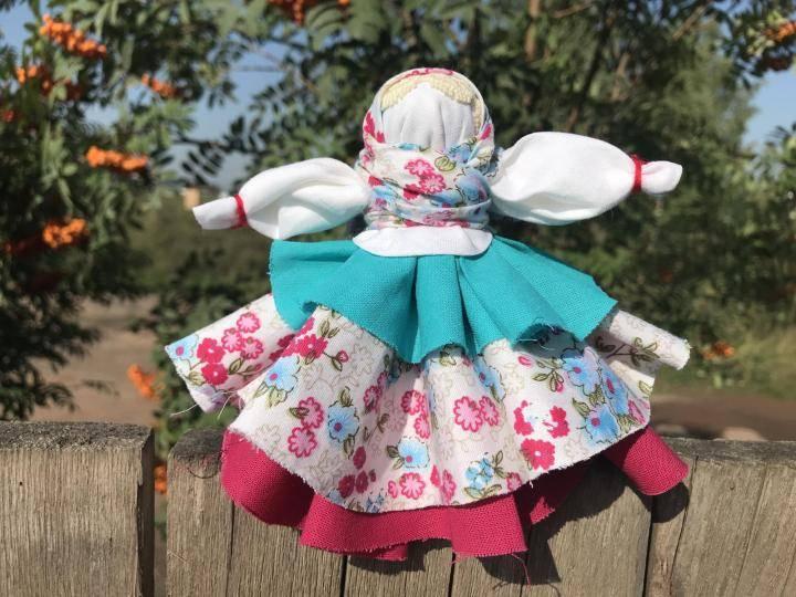 Мастер-класс по изготовлению русской традиционной тряпичной куклы «колокольчик»