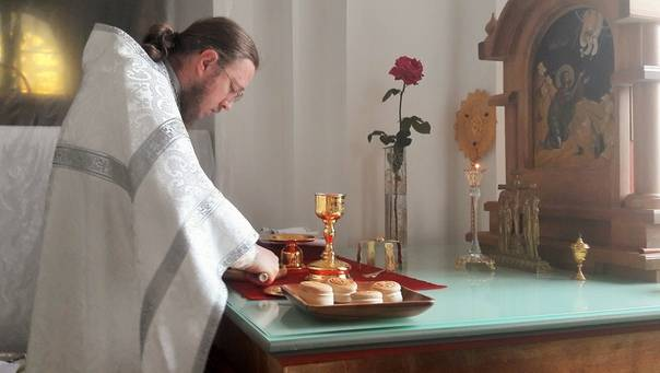 Сорокоуст: какие бывают, как правильно заказать молитву за здравие и о упокоении – новости владивостока и приморья (16+)