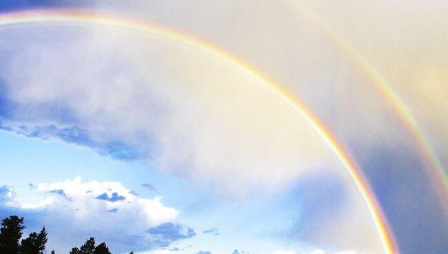 К чему увидеть  две радуги одновременно и как правильно загадать желание