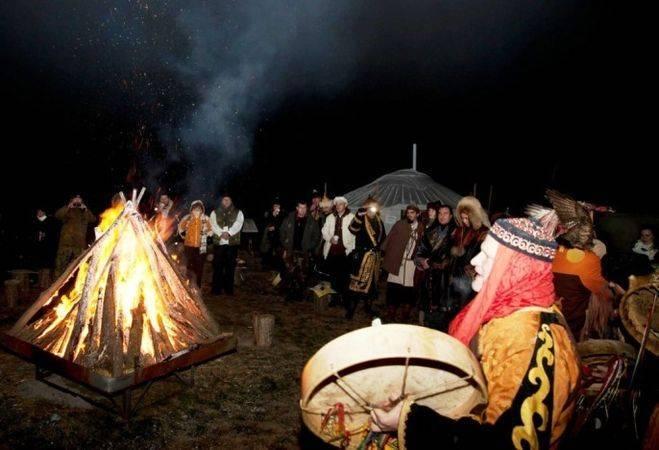 Как праздновать йоль 2020? ритуалы и обряды древнего праздника   indiastyle   яндекс дзен