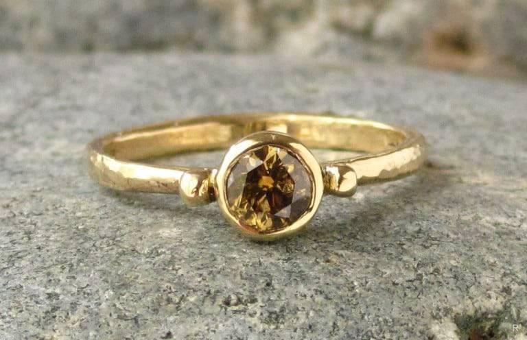 Лопнуло обручальное кольцо: приметы, к чему сломалось обручальное кольцо