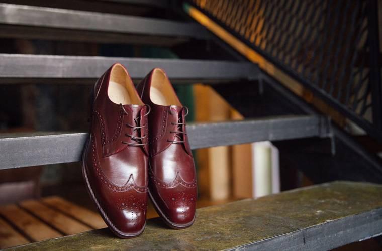 Покупать обувь в сновидении: что значит для женщин и мужчин?