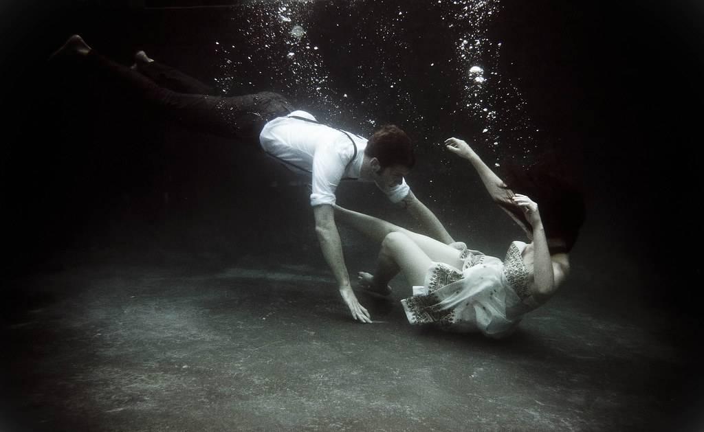 К чему снится утонуть по соннику? видеть во сне, что вы утонули - толкование снов.