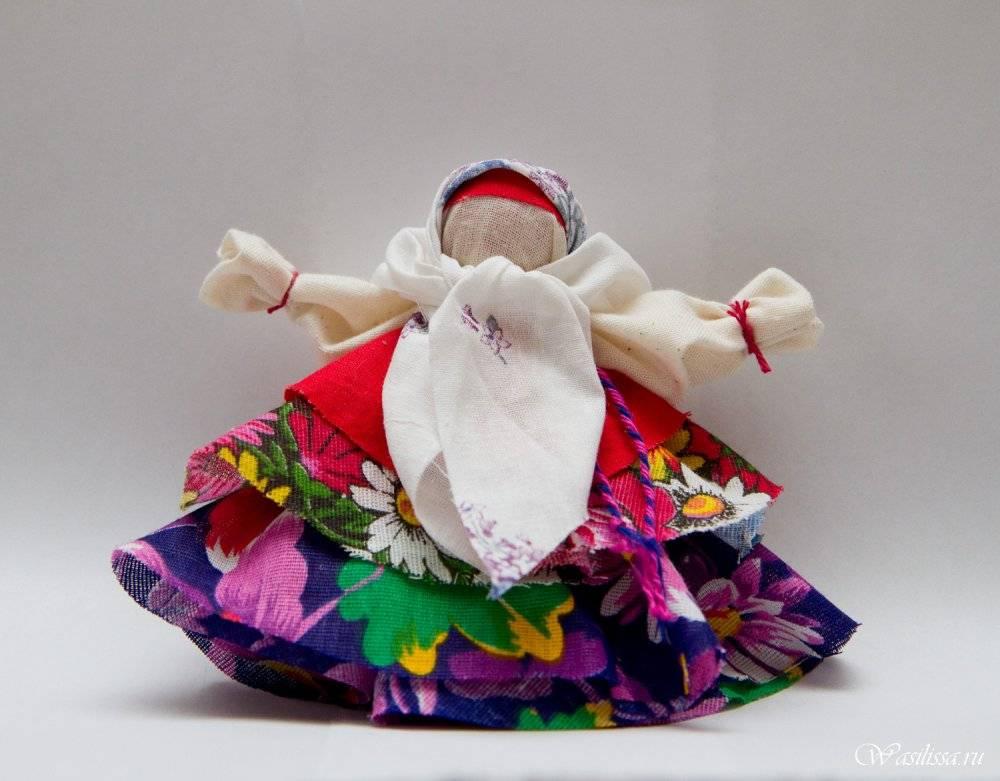 Славянские куклы-обереги своими руками с пошаговой инструкцией