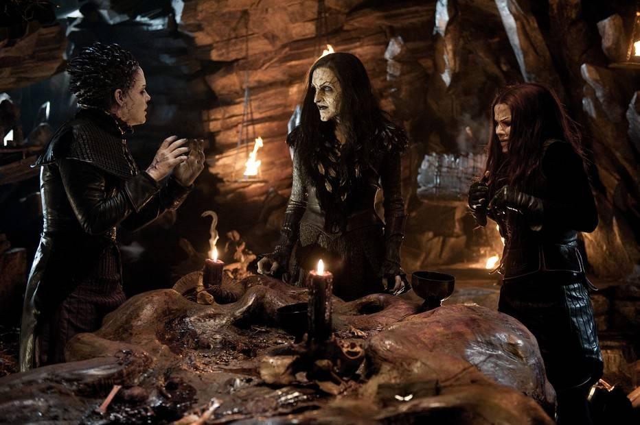 Охота на ведьм: 5 фактов о самых жестоких судах против женщин
