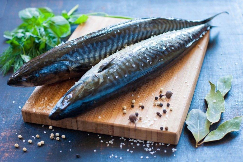 К чему снится есть рыбу во сне женщине: соленую, жареную, копченую, вареную, сырую