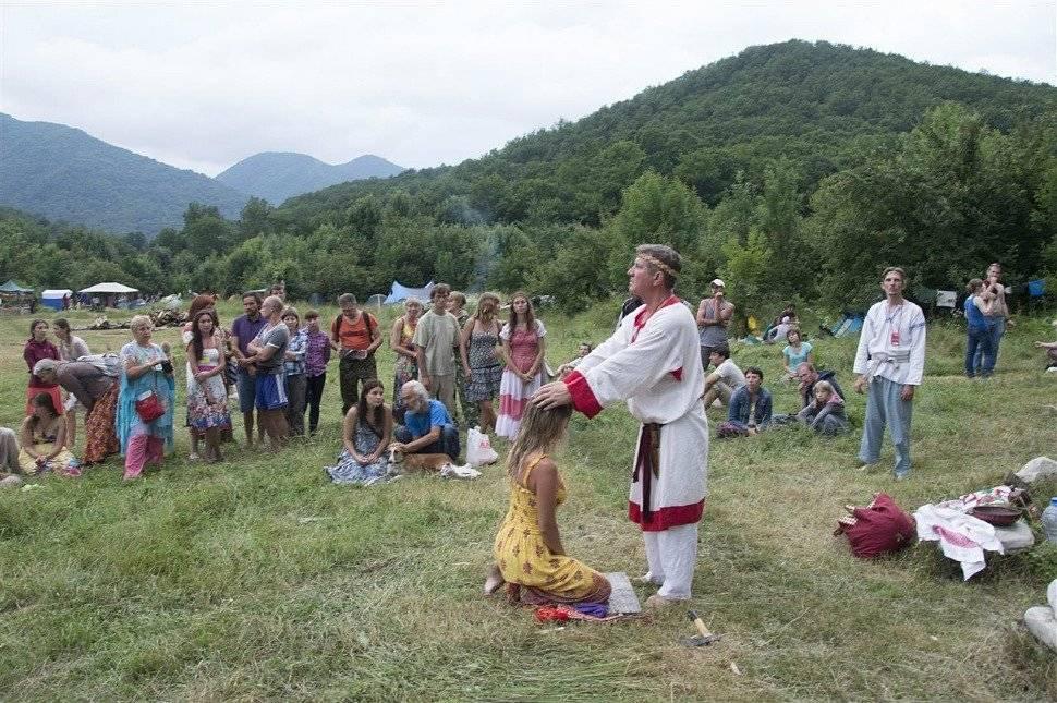 Обряд имянаречения у славян | славяне