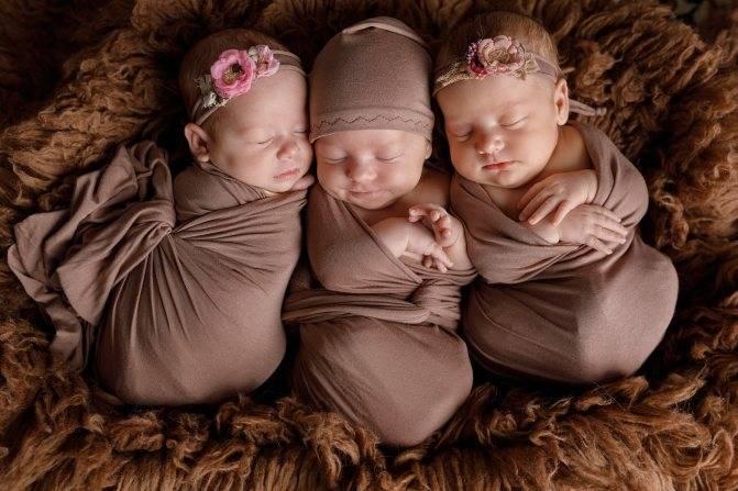 Беременная двойней