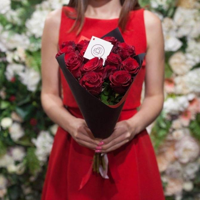 Какое количество роз должно быть в букете
