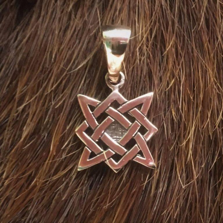 Звезда руси (квадрат сварога) значение обрега для мужчин и для женщин