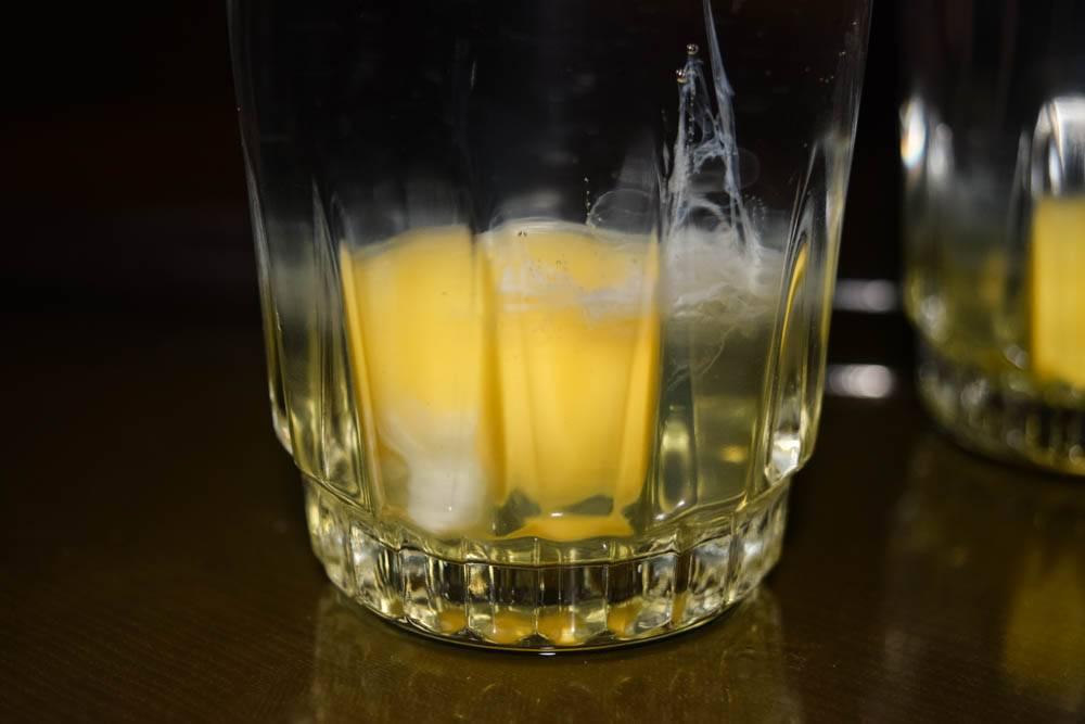 Чистка яйцом — как снять сглаз и порчу самостоятельно сырым яйцом — 2 метода от целителя