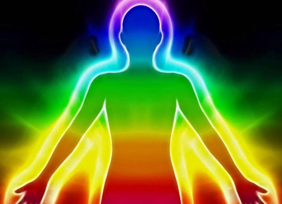 Что означают цвета ауры человека и о чем говорит изменение оттенка биополя это   путь к осознанности