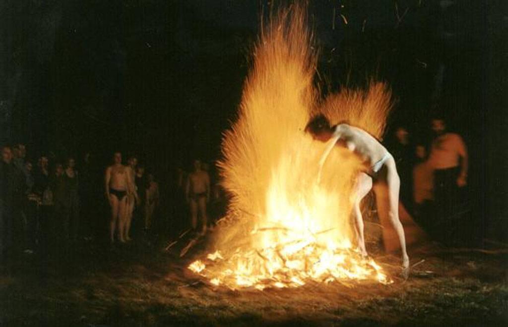 Очищение от негатива через горящую свечу, очищение церковной свечой