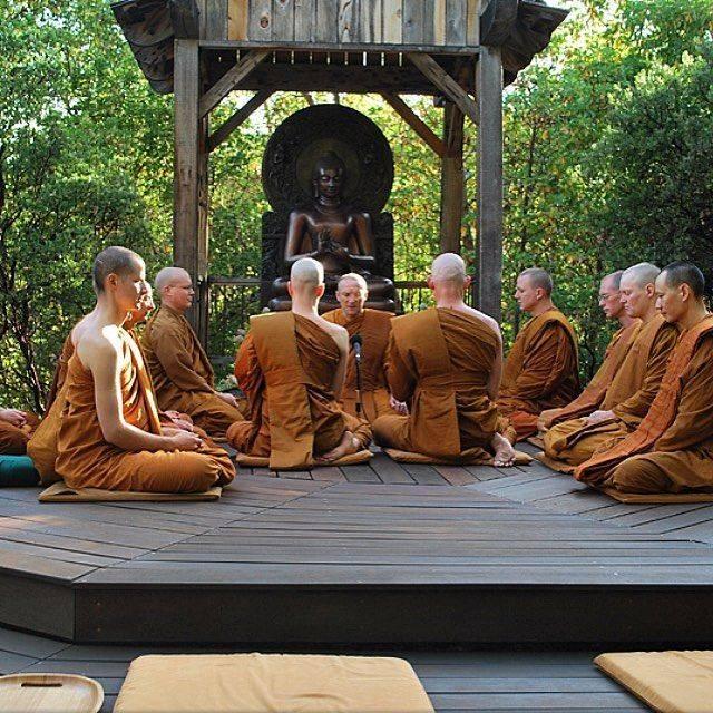 Медитации тибетских монахов. тибетские монахи. золотые рецепты исцеления