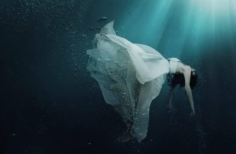 К чему снится тонуть, что тебя топят во сне? основные толкования разных сонников - к чему снится тонуть - автор екатерина данилова - журнал женское мнение