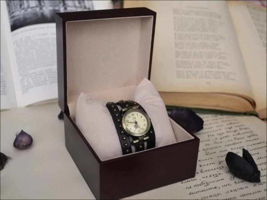 Почему нельзя дарить часы? разбираемся в вопросе!