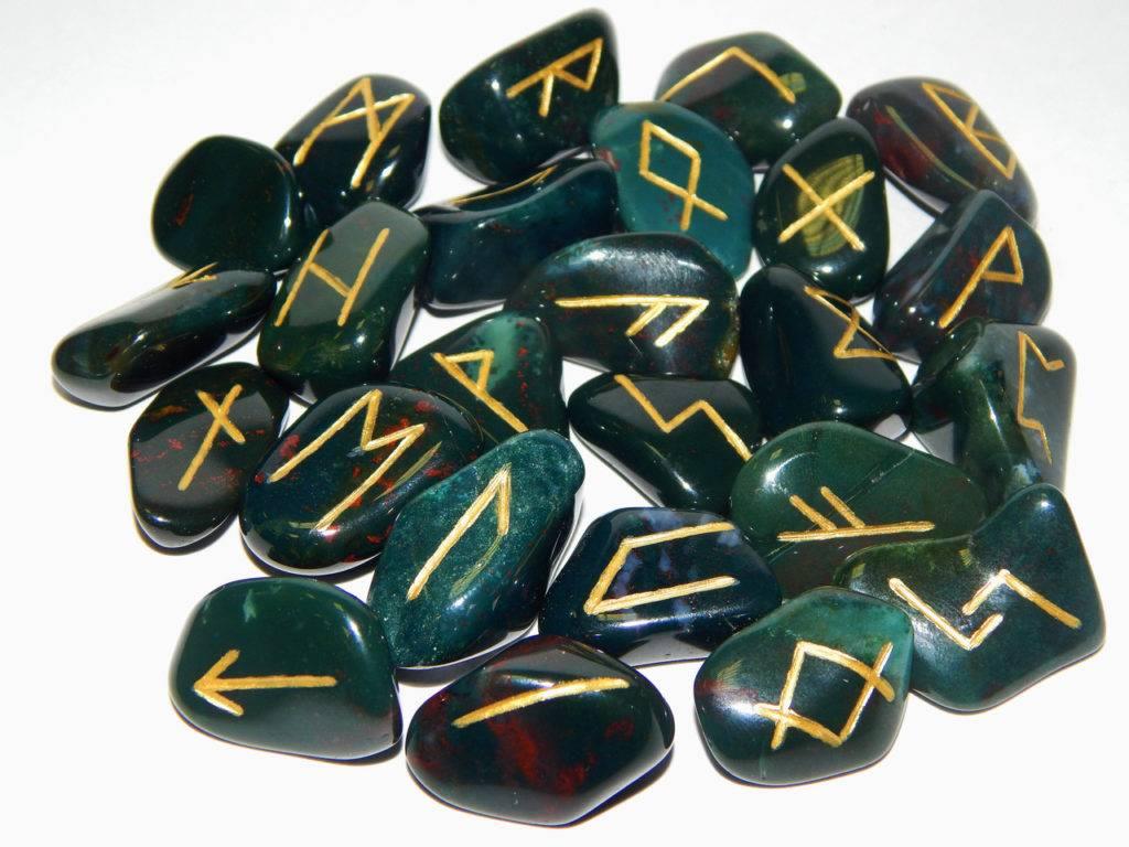 Как правильно подобрать подходящий натуральный камень?