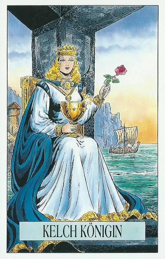 Королева чаш: значение и сочетания в раскладах