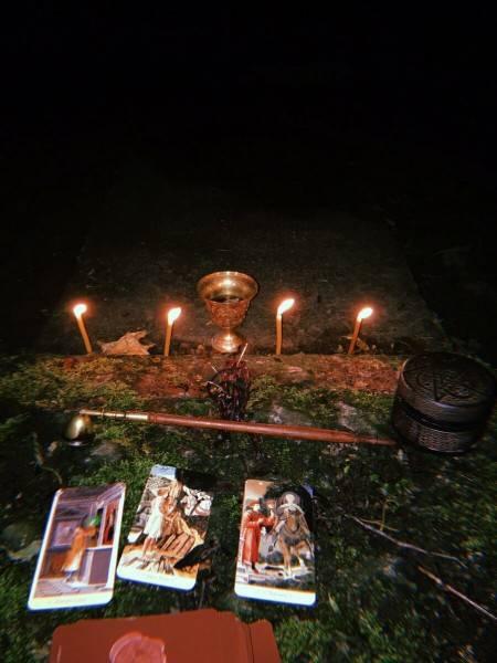 Первые признаки кладбищенского приворота