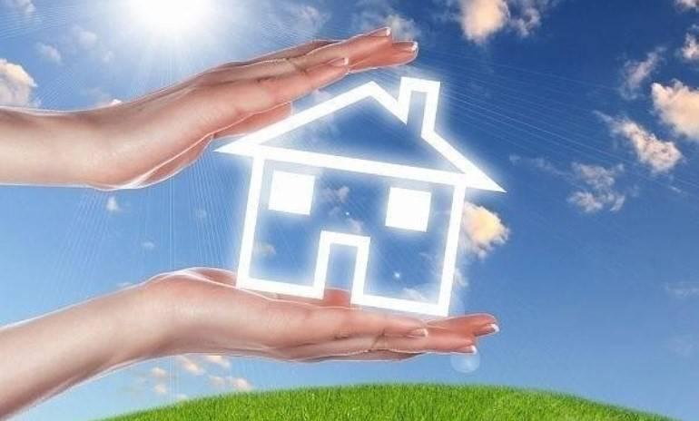 Как очистить дом от негативной энергии: свечи, соль и другие способы
