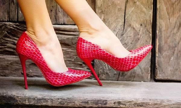 К чему снится обувь женщине или мужчине - толкование сна по сонникам