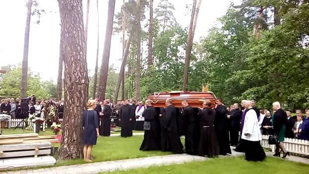 10 советов как вести себя на похоронах — народные приметы
