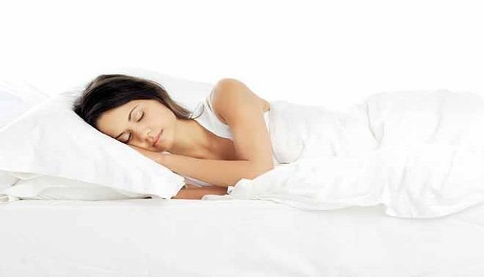 Видеть лежащего на кровати сонник