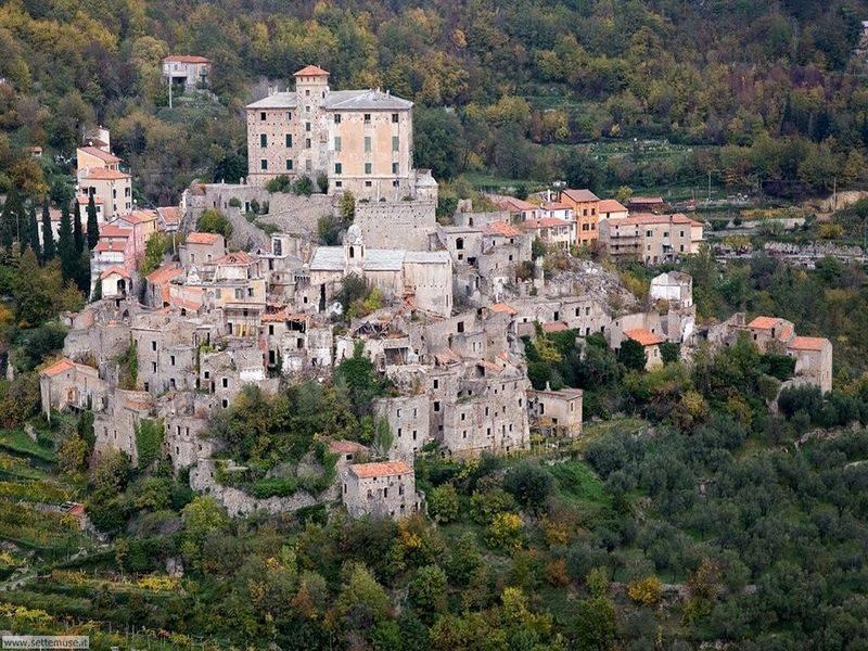 10 необычных мест италии