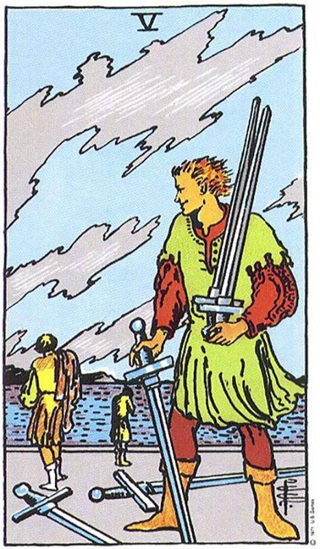5 (пятёрка) мечей таро: значение в отношениях, работе, здоровье