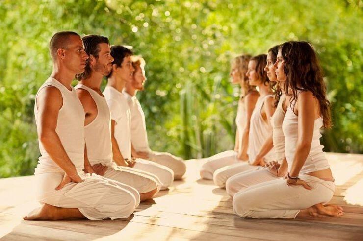 Особенности медитации на любовь и счастливые события