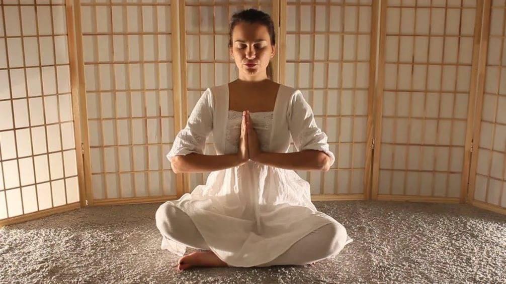 Медитация для лунных центров или са та на ма для женщин