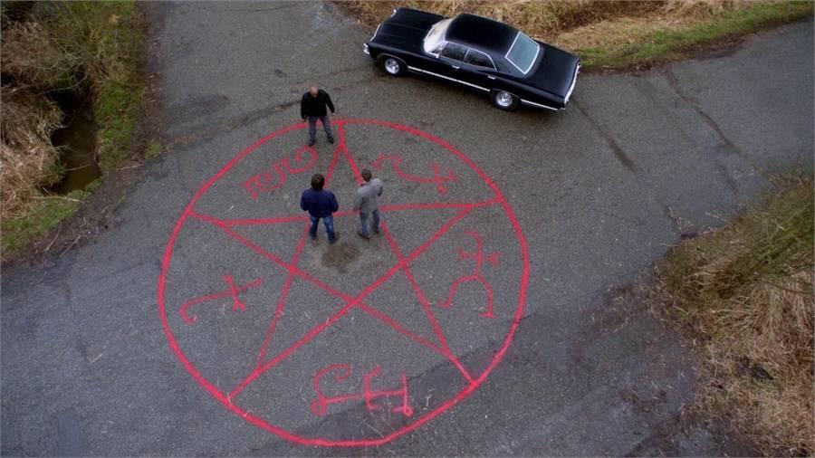 Как вызывать дьявола в домашних условиях: заклинание, ритуал