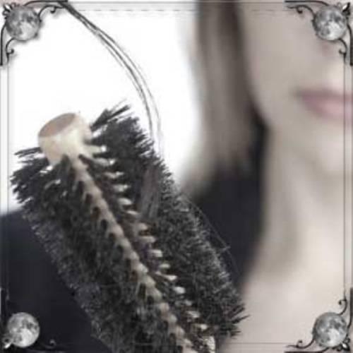 Выпадают волосы клочьями