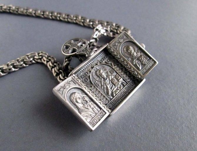 Ладанка святых матроны, николая и ангелов — как их носить и получить помощь