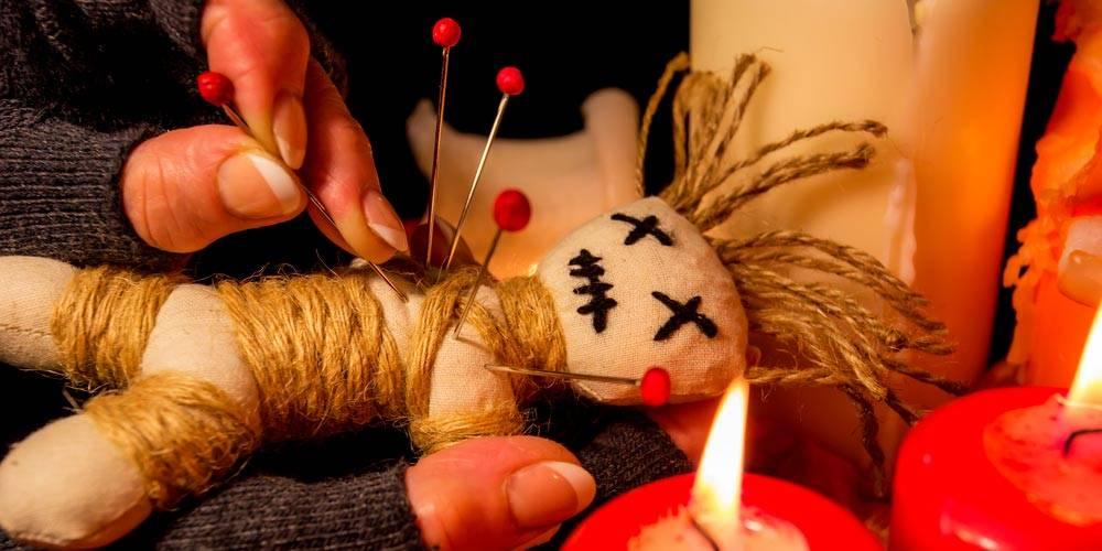 Подробный ритуал как сделать куклу вуду на человека