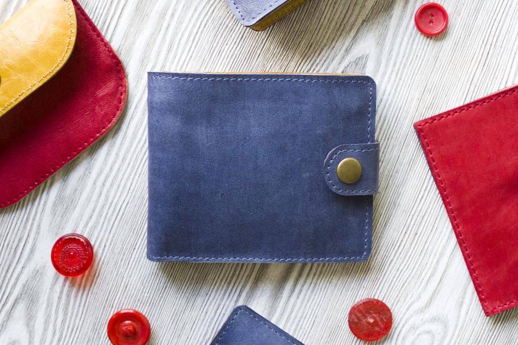 Какого цвета купить кошелек для привлечения денег, как выбрать правильно