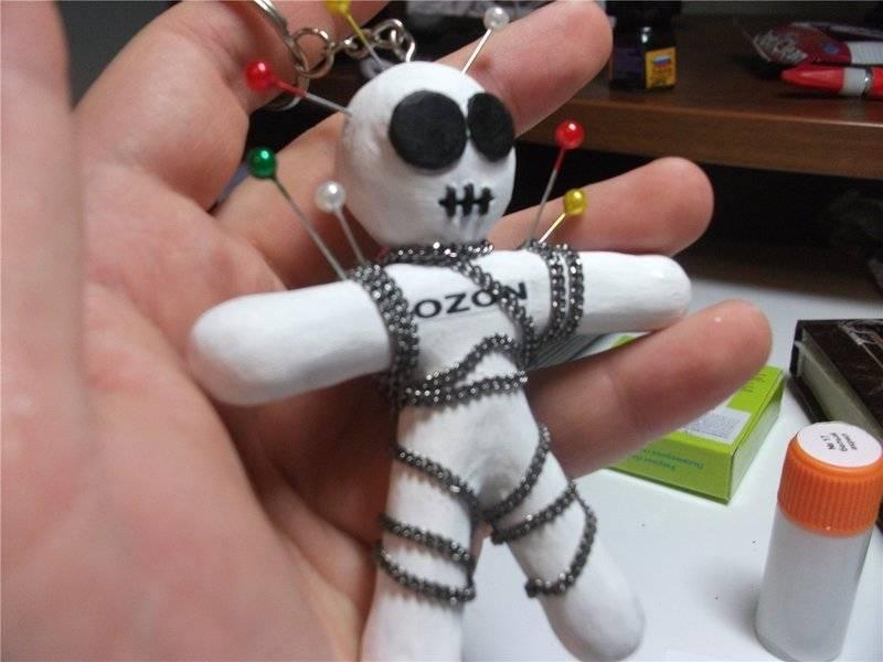 Как сделать приворот по кукле вуду самостоятельно?
