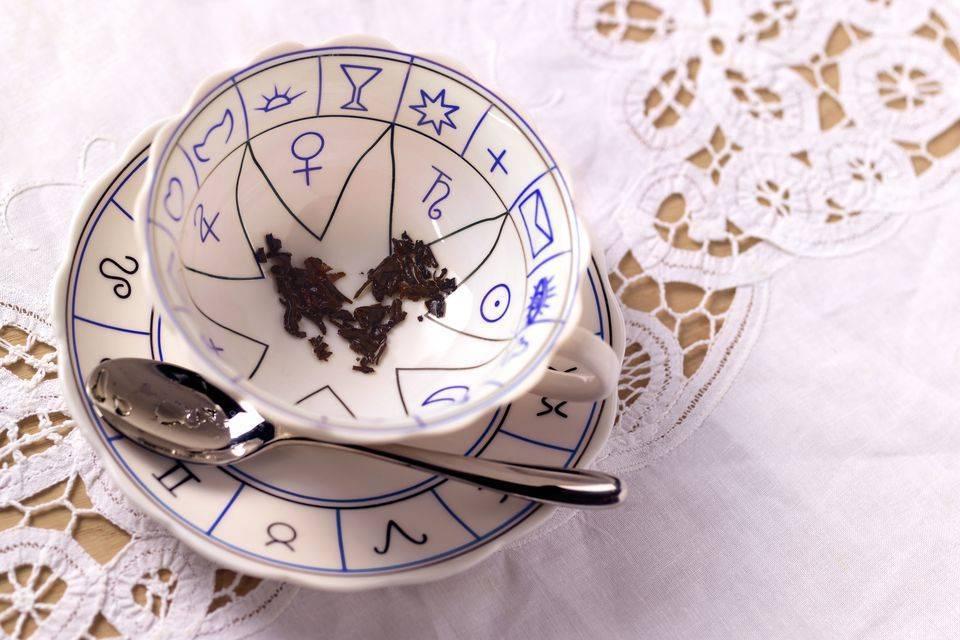 Гадание на чае: толкование символов, значение фигур, какой сорт лучше