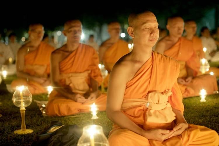 Особенности тантры. мир тибетского буддизма. обзор его философии и практики