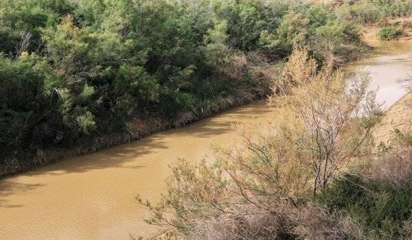 К чему приснилась бурная река?