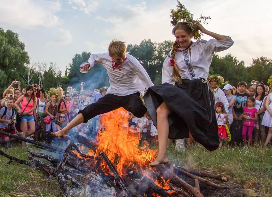 День перуна в 2019 году: какого числа отмечается праздник, каковы обычаи и обряды?